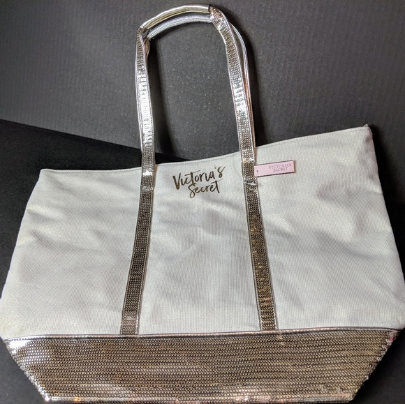 Victoria's Secret Handbags - NWT Victoria's Secret Gold Sequin Glitter Tote